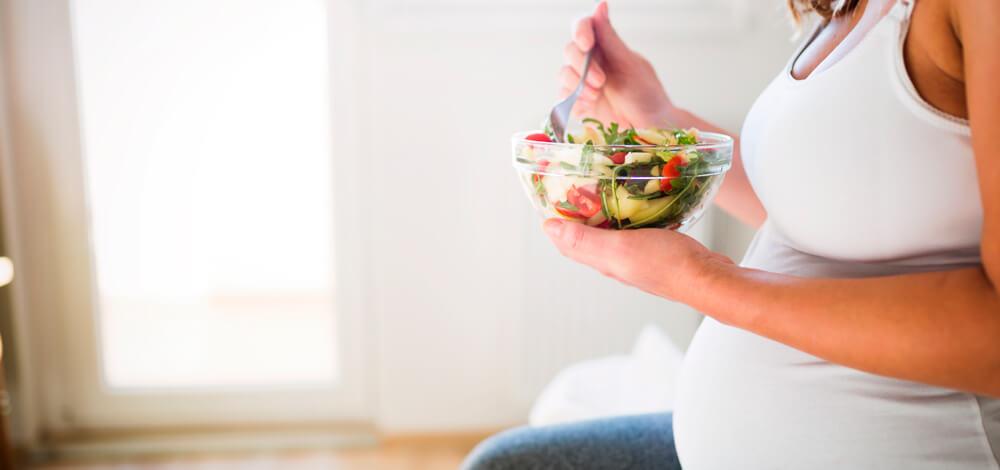 Alimentación en el embarazo: claves para darle los nutrientes necesarios a tu bebé